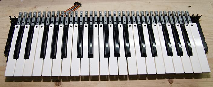 Clavier Pratt&Reed restauré